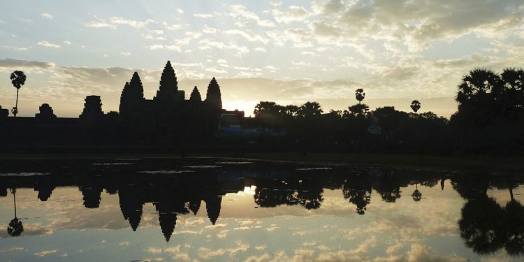 Cestovateľské kino Kambodža