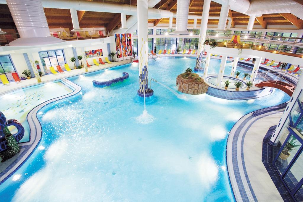 Wellness Hotel Patince, bazénový svet