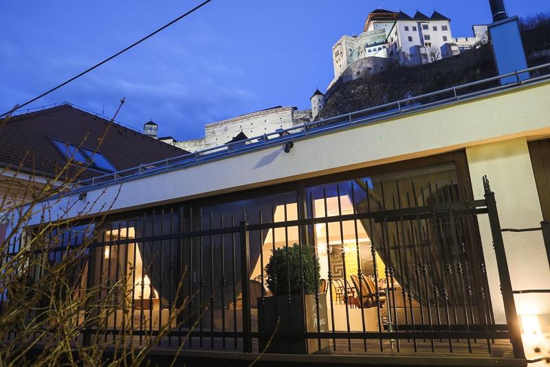 Reštaurácia Pod hradom