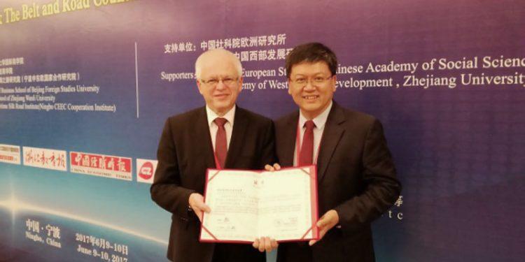 dvojitý diplom