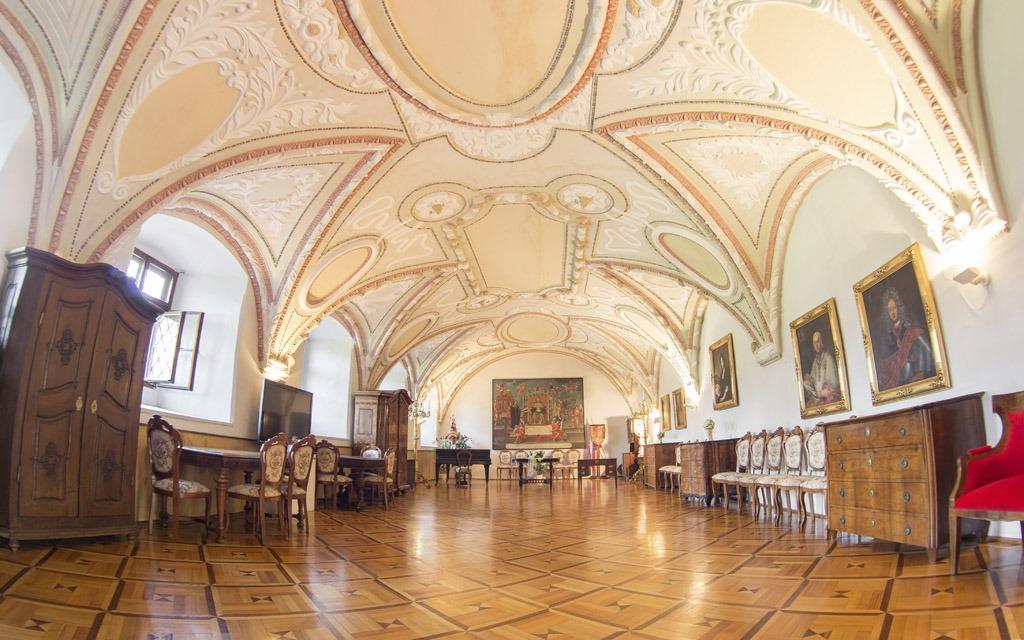 Vlastivedne Muzeum