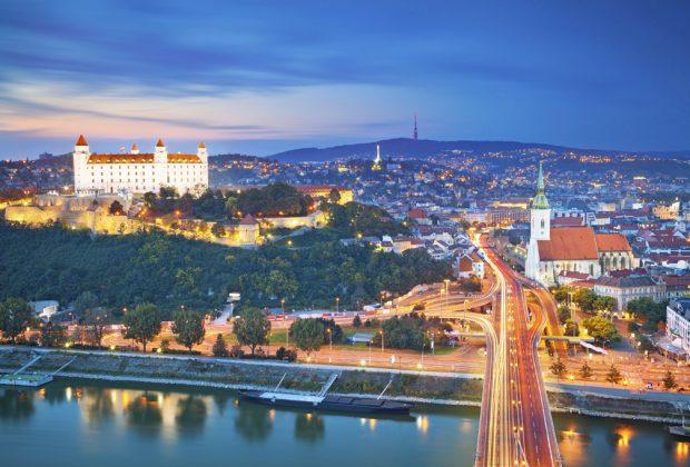 Tri slovenské mestá, Bratislava