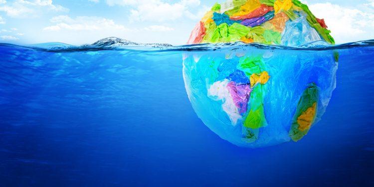 Kaufland ide príkladom pri znižovaní plastov