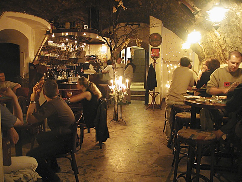 Reštaurácia Roland, Bardejov