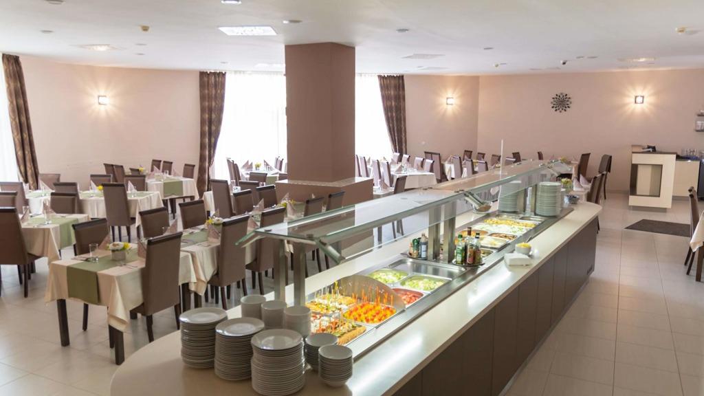 Wellness Hotel Patince, gastronomia