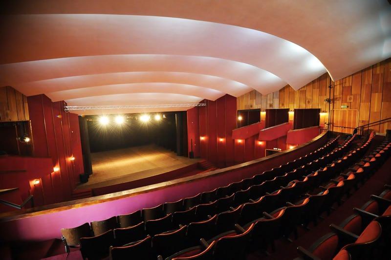 Divadlo Grand