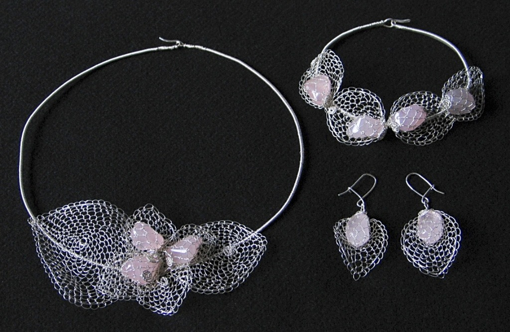 Mária Porubčanská tvorí najmä šperky