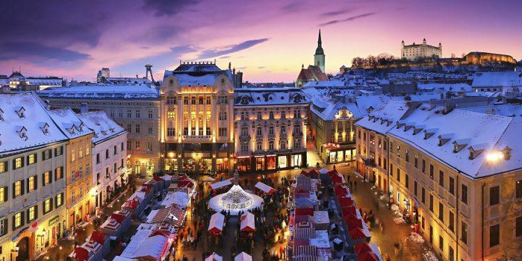 Predvianočnú adventnú Bratislavu