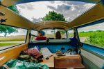 Výmena hotelovej postele za auto