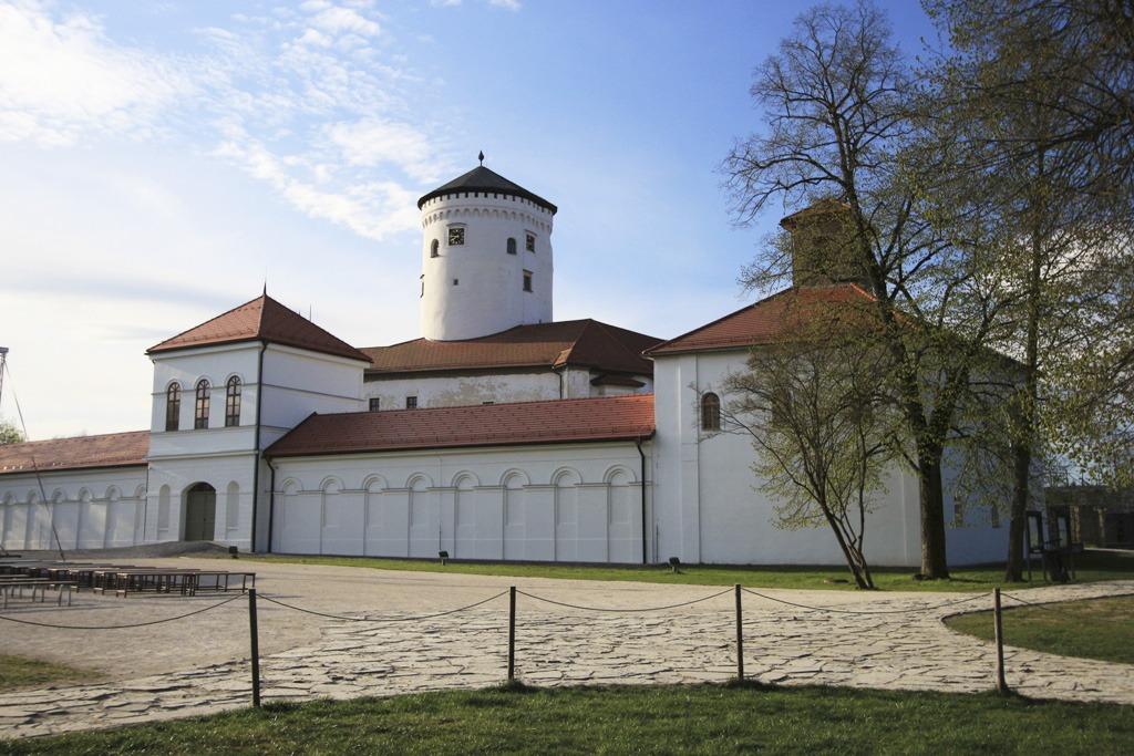 Drotársky pavilón, Budatínsky hrad