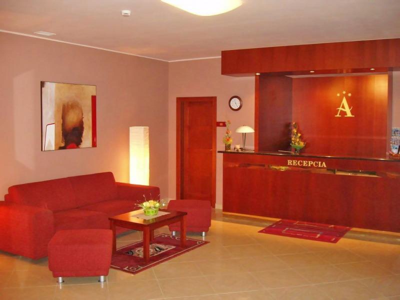 Hotel Altenberg, Recepcia