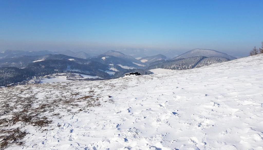 4 tipy na zimnú turistiku v žilinskom kraji, Vrch Straník
