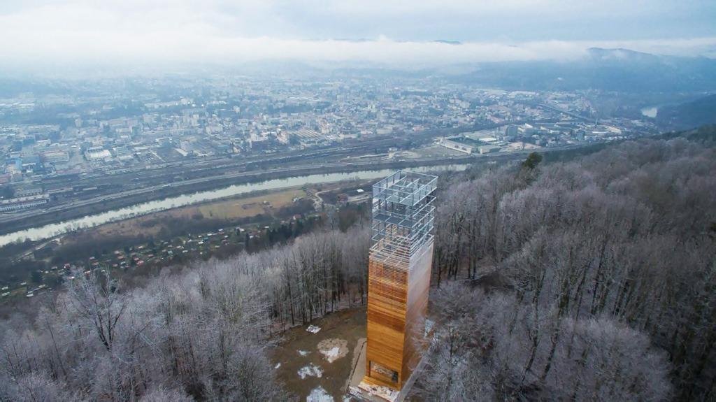4 tipy na zimnú turistiku v žilinskom kraji, Vyhliadková veža Dubeň