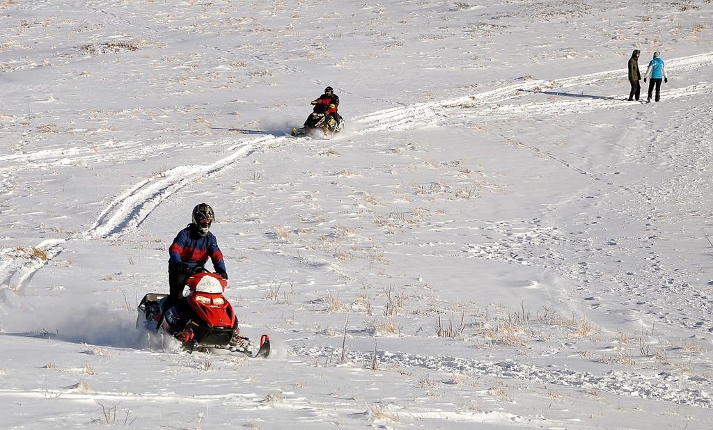 Adrenalínové zimné zážitky, zimny adrenalin snezny skuter
