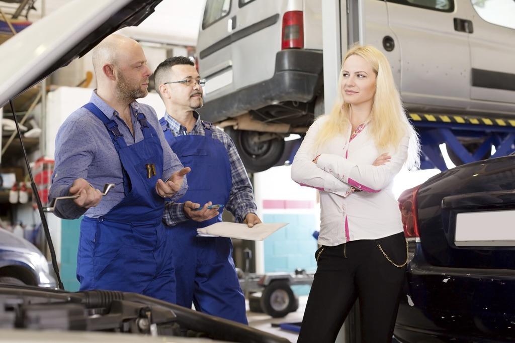 Na Slovensku vyrobíme milióny vozidiel, dovážame vraky