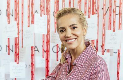 Avon kozmetika, inšpiratívne ženy kampaň Avon za zdravé prsia, Avonherstory1