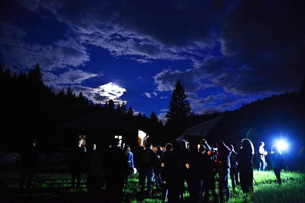 Spestrite si pobyt na Horehroní výletom astrovlakom a nočným pozorovaním hviezd