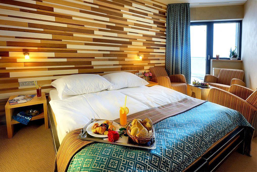 Vydajte sa s nami na Srdiečko, Chopok, Tále a užite si výhľad z Rotundy, Hotel Rotunda izba