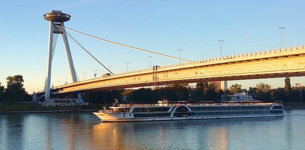 Most SNP UFO Bratislava