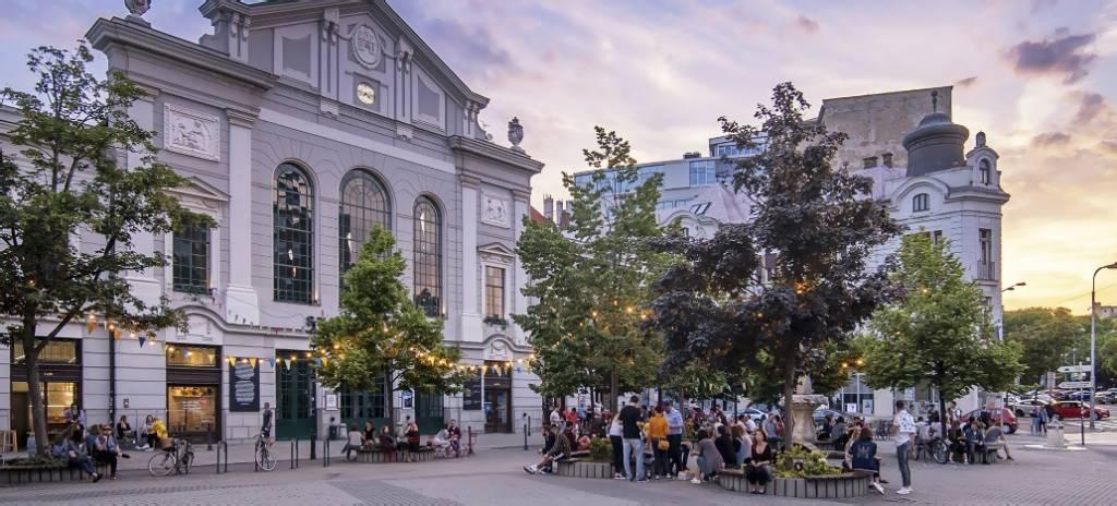 Online prehliadky v rámci projektu Turistom vo vlastnom meste Bratislava-Stará-tržnica-Bratislava