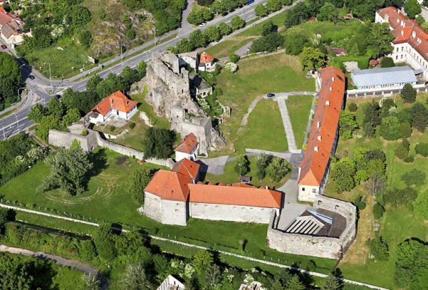 Tekov - Kraj na Pohroní, Levický_hrad