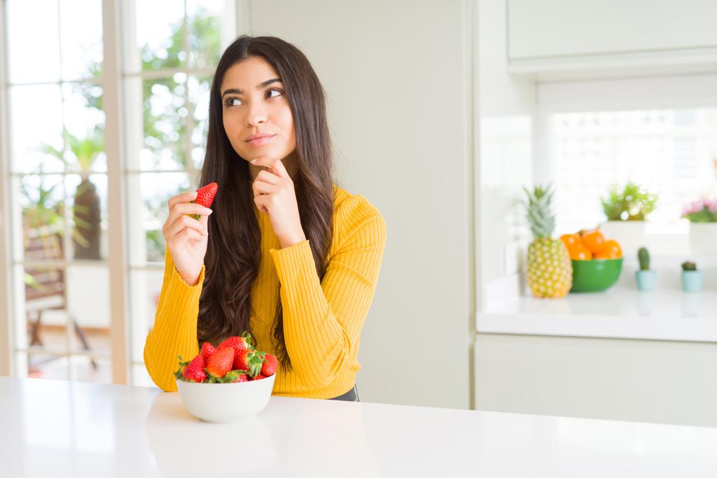 Poďme spolu na jahody, sú sladké, voňavé a veľmi zdravé, samozber, Chránia mozog