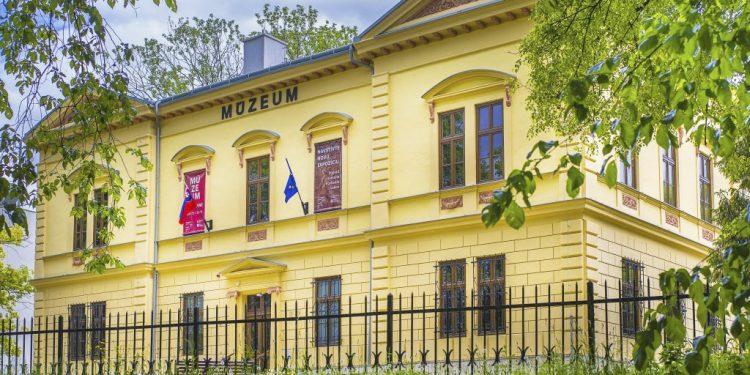 Podtatranské múzeum vyhlásilo súťaž – Hrajme sa s históriou – regionálne dejiny, výlet