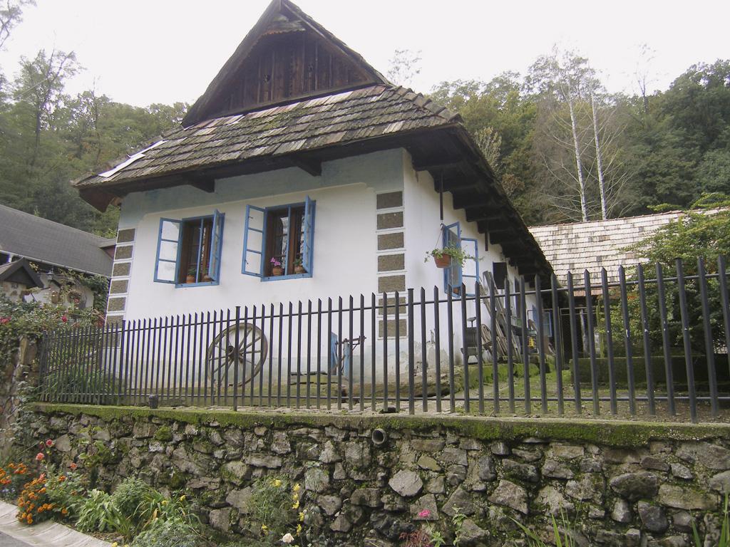 dom v Horši