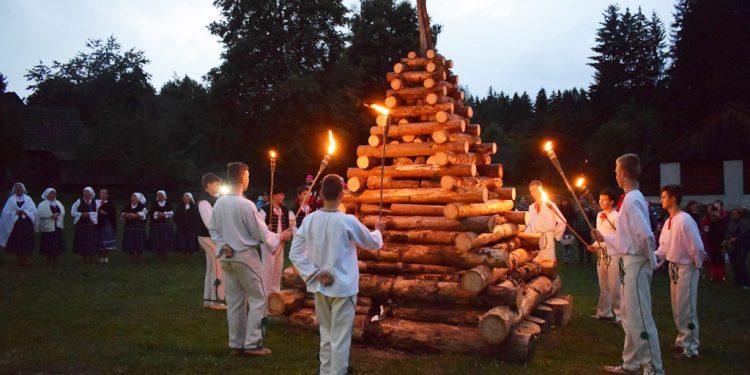 Svätojánska noc má svoju moc, Martinske muzeum slovenskej dediny