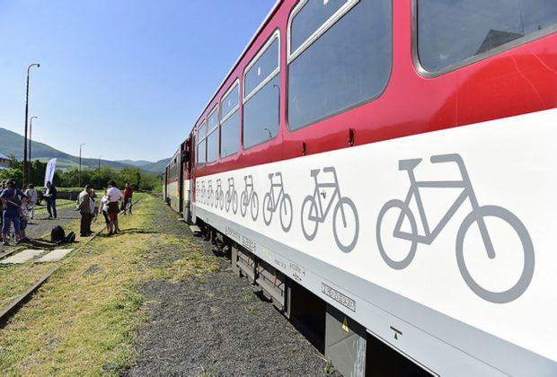 štvrtá sezóna úspešného turistického vlaku Záhoráčik