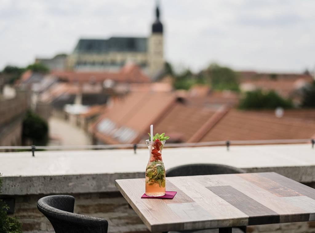 Severná veža – Tower Lounge Bar, lexikon5