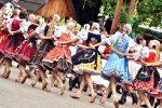 Detva je známa najmä tradičnou ľudovou kultúrou a historickými pozoruhodnosťami