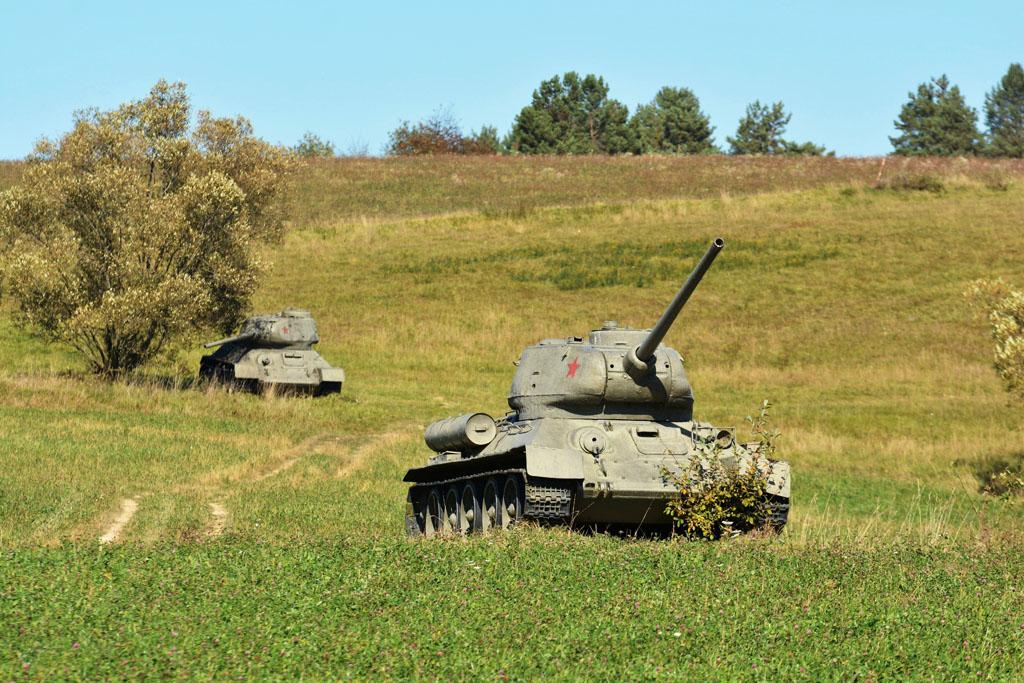 Vyšplhajte sa na tank, ohmatajte si vojnovú históriu a expozície vojenskej techniky priamo na bojisku, Udolie smrti
