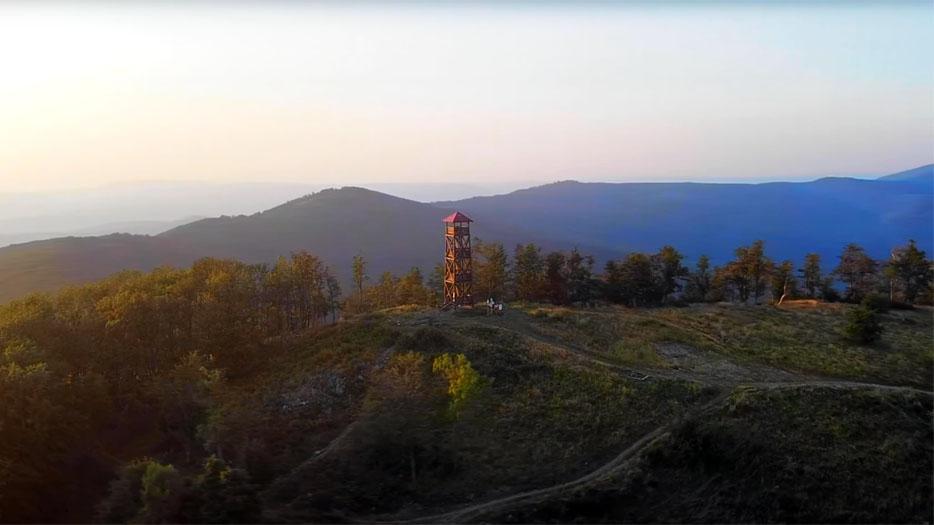 Noc na najvyššom vrchu Nitrianskeho kraja – Panská Javorina