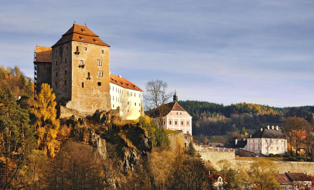 Záhady a tajomstvá hradov a zámkov, legendy a povesti, Becov-nad-teplou_FOTO Ladislav Renner, CzechTourism