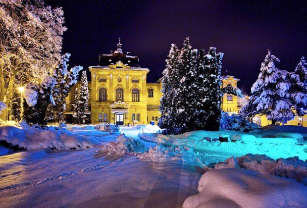 Bardejovské kúpele sú otvorené v špeciálnom režime, Astoria noc