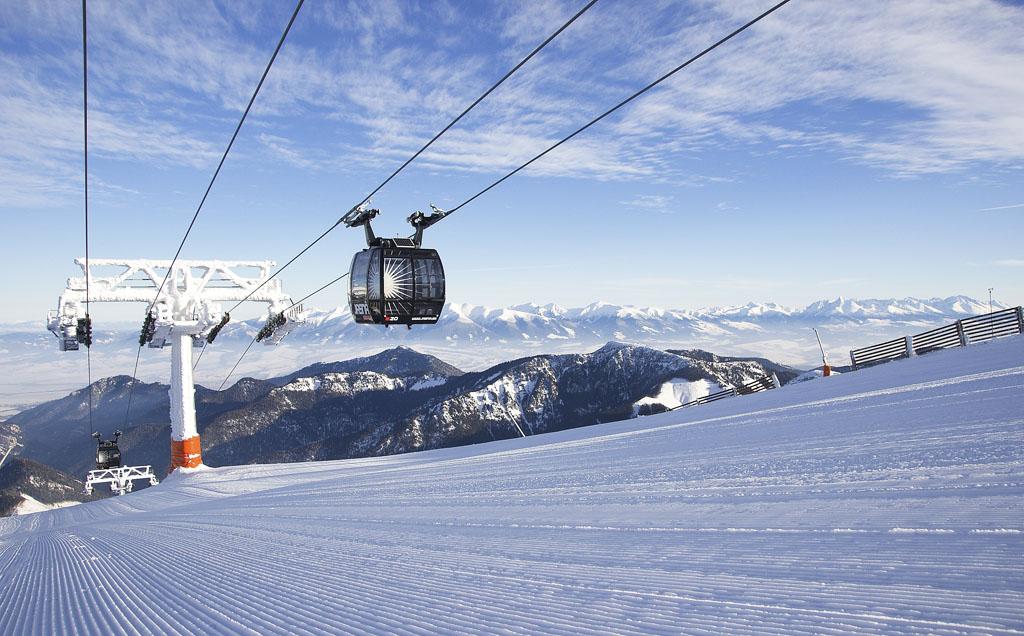 Bezpečné plánovanie lyžovačky môže odštartovať – začína predpredaj skipasov na zimu 2021, TMR