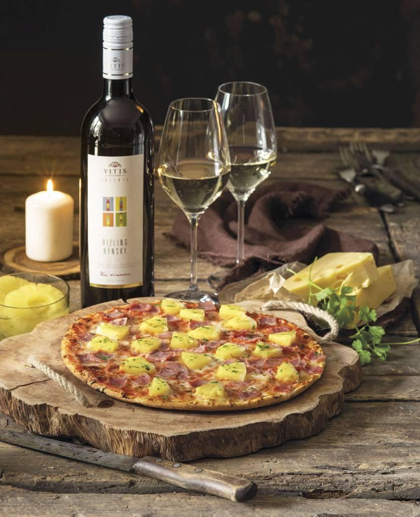 Ristorante Pizza Hawaii a vonavy Rizling rynsky