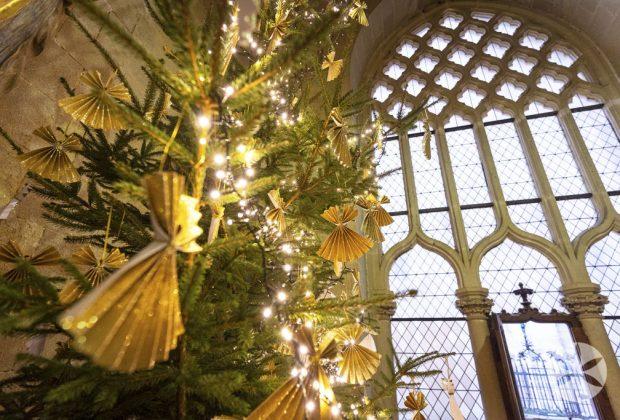 Vianoce na Bojnickom zámku, návštevníkov čakajú sviatočné prehliadky zámku