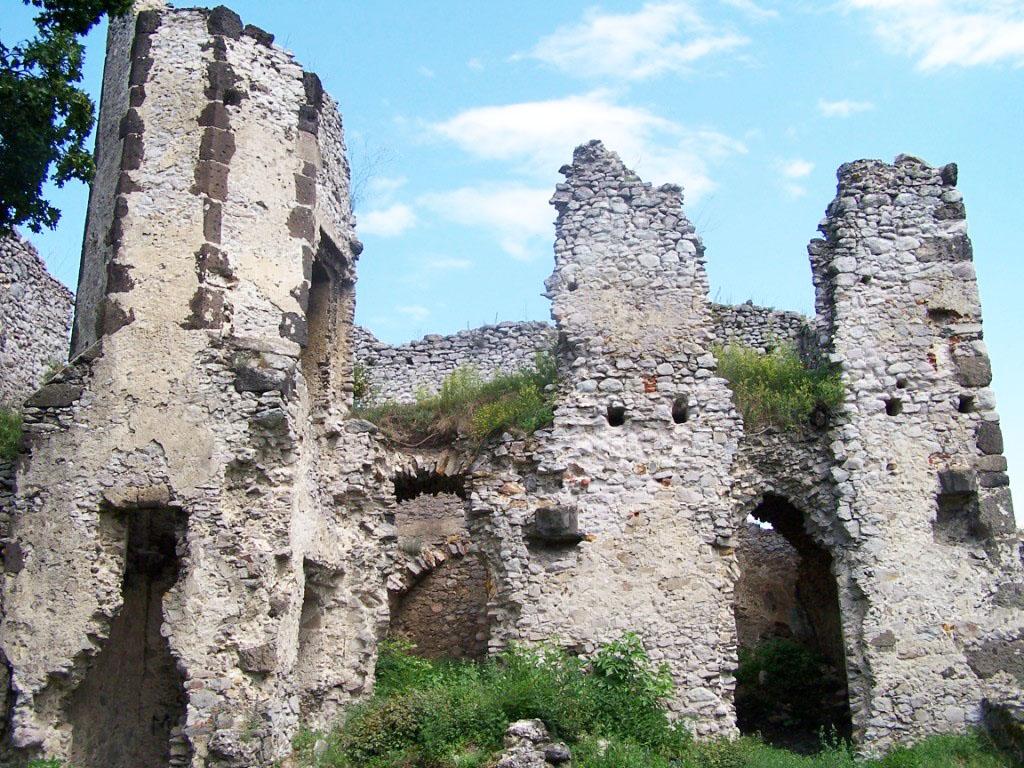 Vinne-hrad Košický kraj a jeho hity Gemer a Zemplín - napriek obmedzeniam cieľ mnohých turistov v letnej sezóne