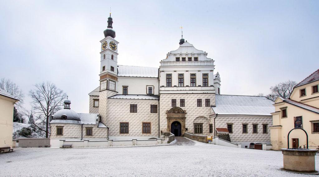 Zámok Pardubice, zima