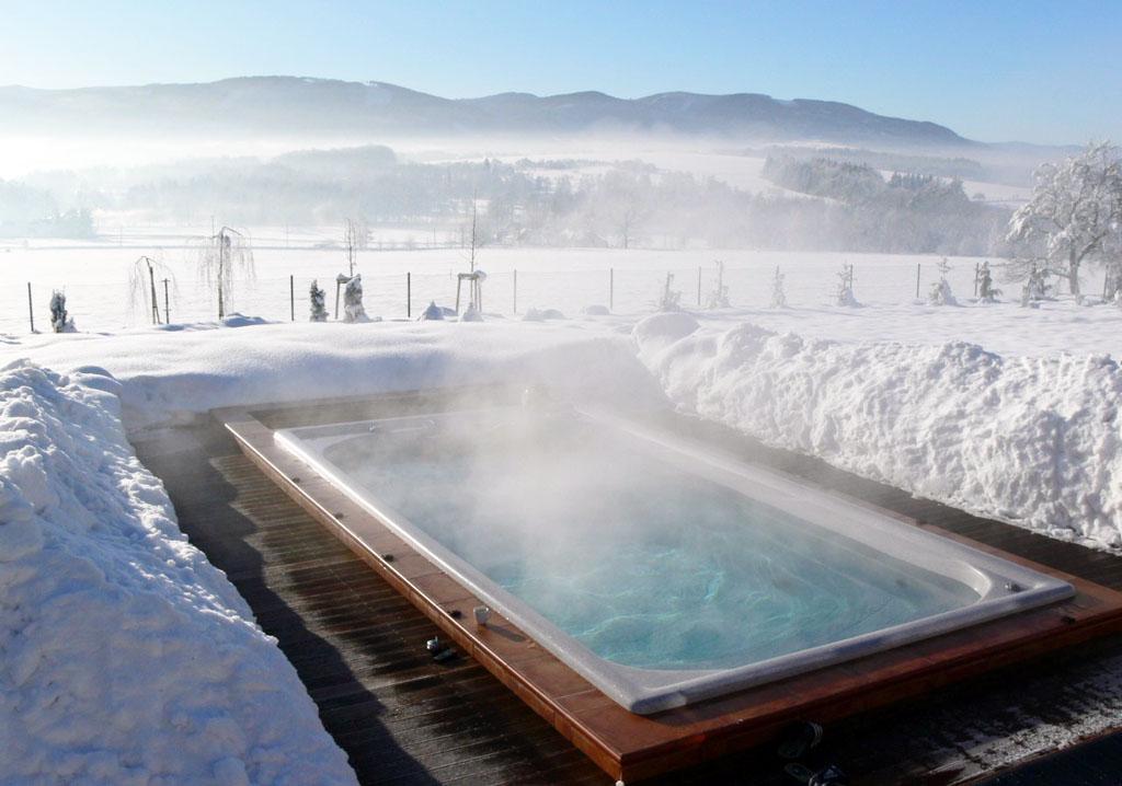 Čo znamená bezpečný oddych doma Vlastná vírivka a sauna na mieru, do vody sa dá ísť za každého počasia