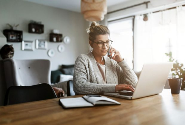 5 tipov, ako si spríjemniť home office. Buďte produktívni aj doma