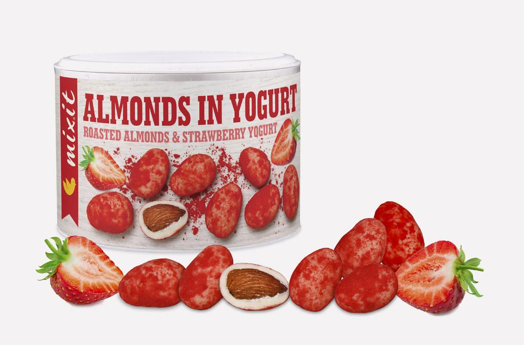 Romantický valentínsky darček bez klišé Mixit ho má, Mixit Valentyn, Mandle v jogurte s jahodovým prachom