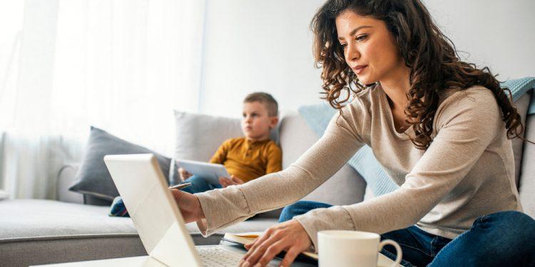 Ako skĺbiť zdravý životný štýl a prácu z domu home office