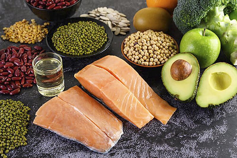 Dôležitá je aj strava, ryby, avokado, vitamin B12