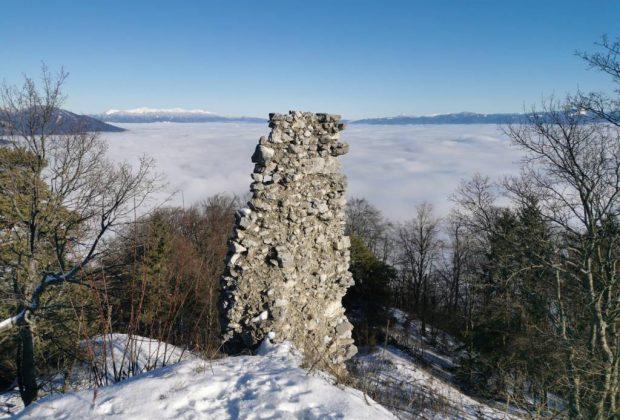 Výstup na hrad Zniev – torzo slávy Turčianskej stolice a zabudnutý svedok histórie