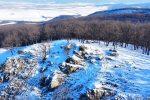 Raritné vrchy – dvojičky Kozlica a Trniny v pohorí Tribeč, turistika a výlet Nitriansky kraj