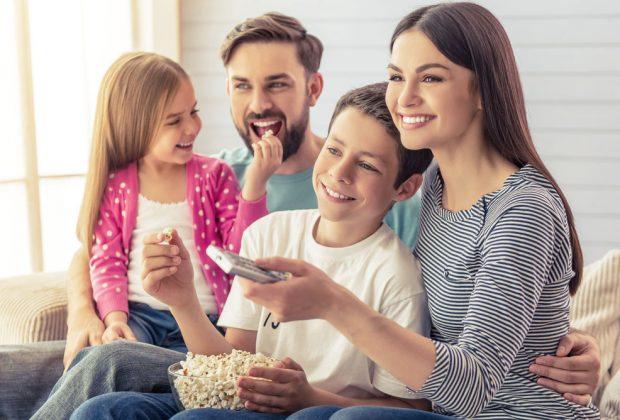 Obľubujete filmy a seriály? Vytvorte si doma ideálne miesto na sledovanie, streamovacie služby televízia