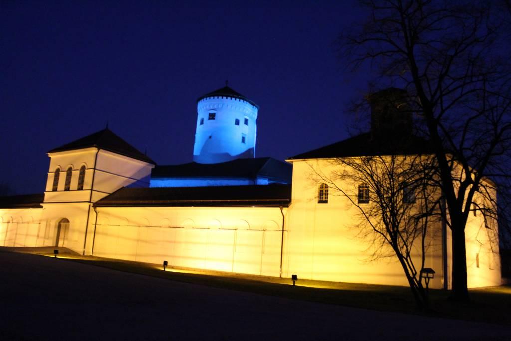 Považský hrad , Deň autizmu, solidarita